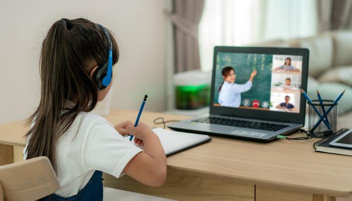 Học trực tuyến là gì?